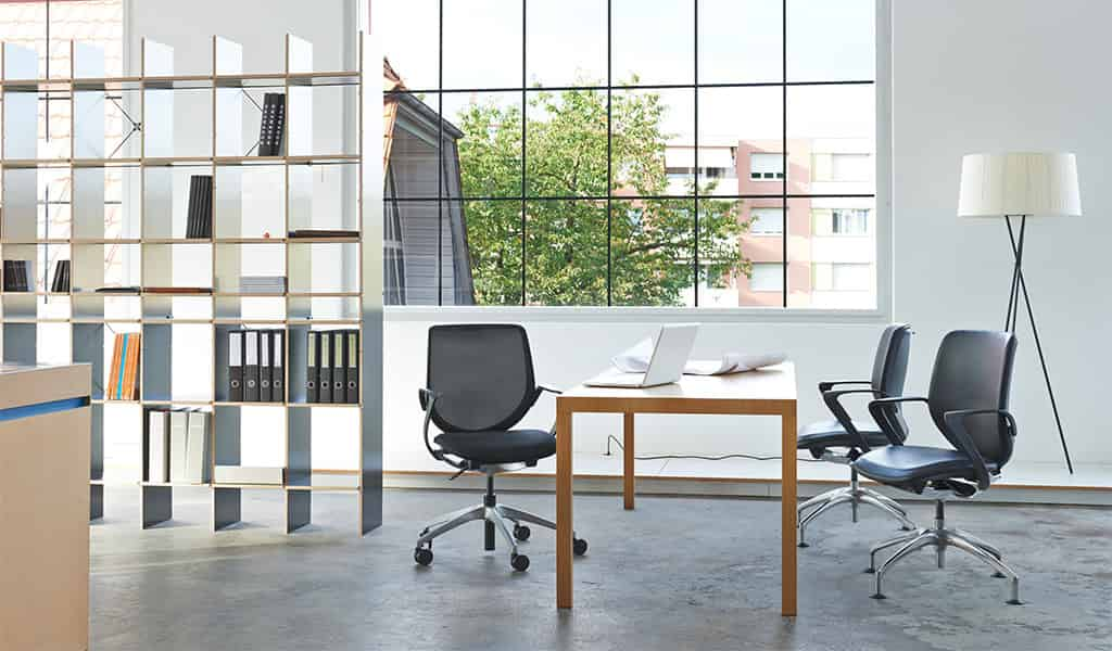office chaise de bureau giroflex line office. Black Bedroom Furniture Sets. Home Design Ideas